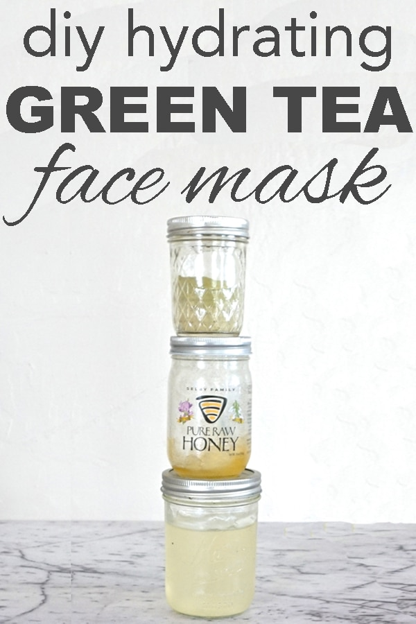 DIY hydrating green tea face mask from www.goingzerowaste.com #DIY #skincare #DIYskincare #gogreen #sustainable #ecofriendly #zerowaste #greentea #facemask #kitcheningredients