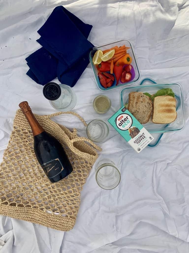 a zero waste picnic